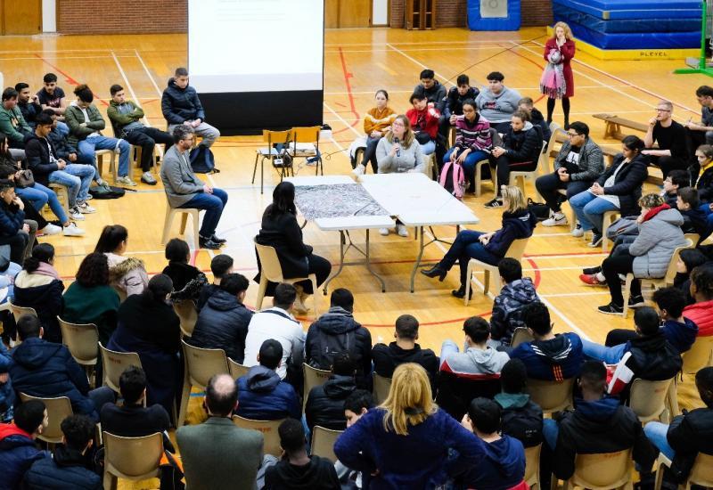 Forum de discussion - Institut communal Marius Renard – Anderlecht